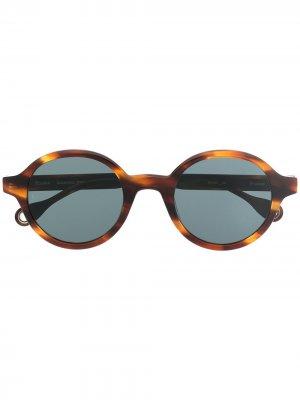 Солнцезащитные очки Bakayoko в круглой оправе Etudes. Цвет: коричневый