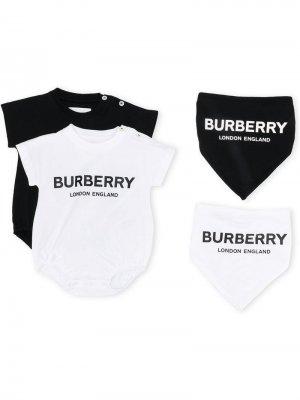 Боди с контрастным логотипом Burberry Kids. Цвет: черный