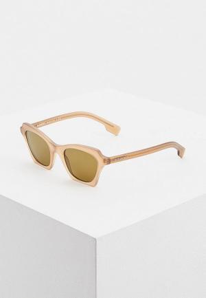 Очки солнцезащитные Burberry BE4283 375073. Цвет: коричневый