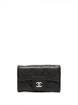 Стеганый футляр для ключей с логотипом CC Chanel Pre-Owned. Цвет: черный