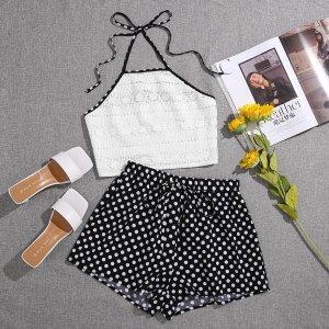 Топ-халтер с контрастной отделкой и шорты в горошек SHEIN. Цвет: черный и белый