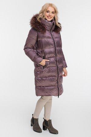 Стильный зимний женский пуховик с енотом AFG. Цвет: сливовый