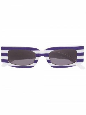 Солнцезащитные очки в квадратной оправе полоску Sunnei. Цвет: синий