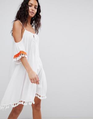 Пляжное платье с открытыми плечами и вышивкой Anmol. Цвет: белый