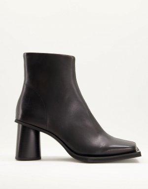 Полусапожки челси на круглом каблуке с длинным квадратным носком из черной кожи -Черный цвет ASOS DESIGN