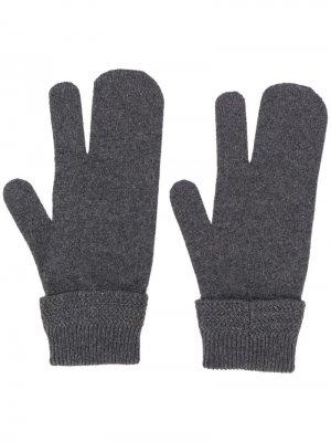 Перчатки-варежки Maison Margiela. Цвет: серый