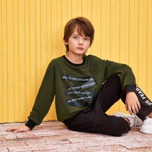 Пуловер с текстовым принтом и спущенными рукавами для мальчиков SHEIN. Цвет: армейский зеленый
