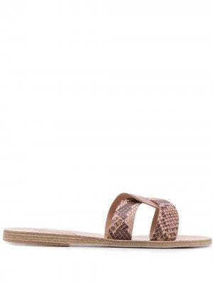 Сандалии Desmos с тиснением под кожу питона Ancient Greek Sandals. Цвет: нейтральные цвета