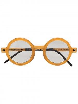 Солнцезащитные очки P1 в круглой оправе Kuboraum. Цвет: коричневый
