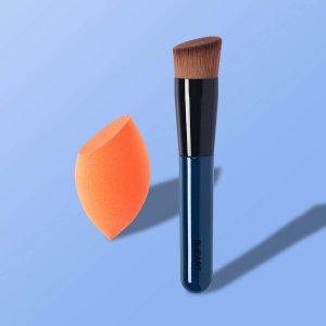 1шт кисть для тональной основы и губка макияжа SHEIN. Цвет: темно-синий