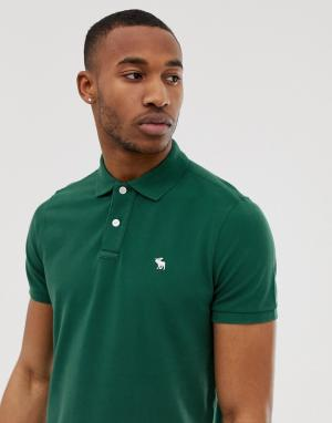 Поло из пике зеленого цвета с логотипом Abercrombie & Fitch. Цвет: зеленый
