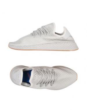Низкие кеды и кроссовки ADIDAS ORIGINALS. Цвет: светло-серый