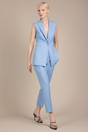 Удлиненный жилет приталенного силуэта VASSA&Co. Цвет: голубой