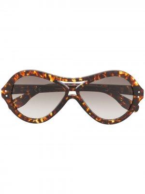 Солнцезащитные очки в круглой оправе Alberta Ferretti. Цвет: коричневый