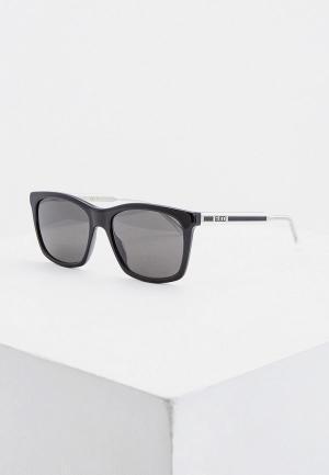 Очки солнцезащитные Gucci GG0558S 002. Цвет: черный