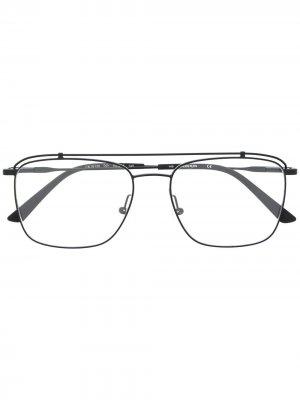Солнцезащитные очки-авиаторы с логотипом Calvin Klein. Цвет: черный
