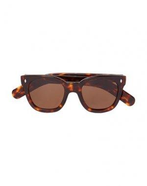 Солнечные очки CUTLER AND GROSS. Цвет: коричневый