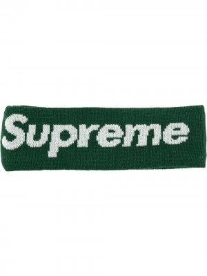 Повязка на голову New Era с логотипом Supreme. Цвет: зеленый