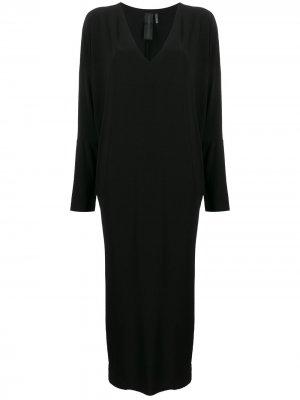 Длинное платье с V-образным вырезом Norma Kamali. Цвет: черный
