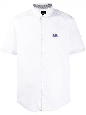 Рубашка с короткими рукавами BOSS. Цвет: белый