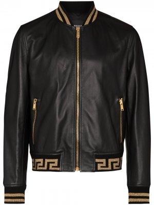 Бомбер с узором Greca Versace. Цвет: черный