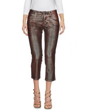 Джинсовые брюки-капри GALLIANO. Цвет: какао