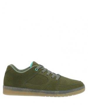 Низкие кеды и кроссовки ÉS. Цвет: зеленый-милитари