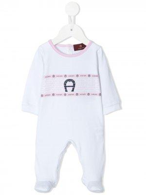 Комбинезон для новорожденного с логотипом Aigner Kids. Цвет: белый