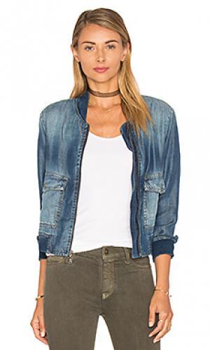 Куртка-бомбер с накладным карманом Bella Dahl. Цвет: none