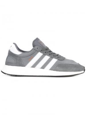 Кроссовки Iniki adidas. Цвет: серый