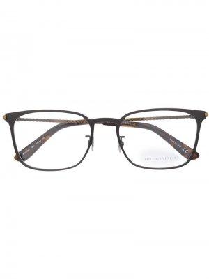 Очки в прямоугольной оправе Bottega Veneta Eyewear. Цвет: металлик