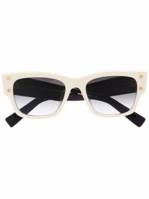Солнцезащитные очки Balmain Eyewear. Цвет: белый