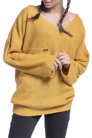 Свитер FOBYA. Цвет: mustard