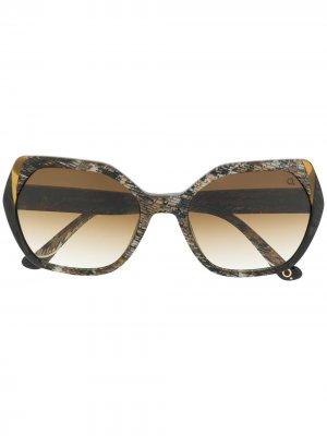 Массивные солнцезащитные очки Martin Etnia Barcelona. Цвет: черный