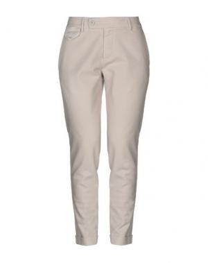Повседневные брюки TRUE TRADITION. Цвет: светло-серый
