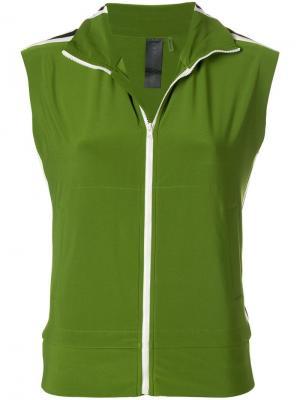 Куртка-бомбер без рукавов Norma Kamali. Цвет: зеленый