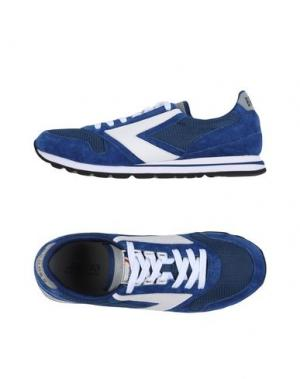 Низкие кеды и кроссовки BROOKS. Цвет: синий