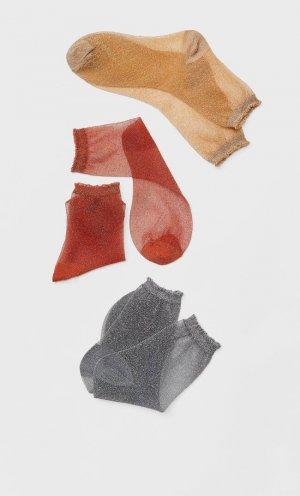 Носки С Блестящей Нитью Женская Коллекция Пестро-Серый 103 Stradivarius. Цвет: пестро-серый