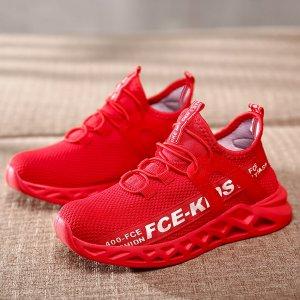 Кроссовки для мальчиков с текстовым рисунком SHEIN. Цвет: красный