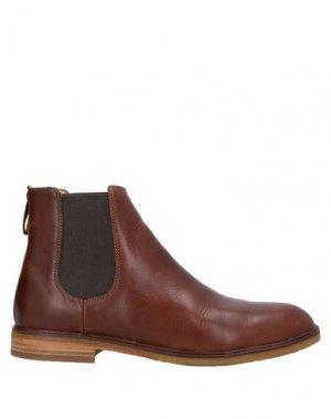 Полусапоги и высокие ботинки CLARKS. Цвет: какао