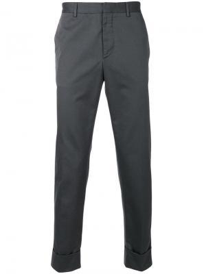 Прямые брюки-чинос Prada. Цвет: серый