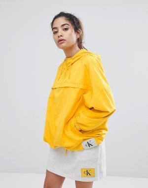 Ветровка Jeans Calvin Klein. Цвет: желтый
