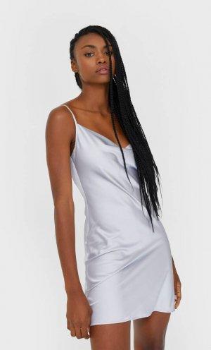 Короткое Платье Из Сатина Женская Коллекция Жемчужно-Серый S Stradivarius. Цвет: жемчужно-серый