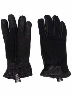 Кожаные перчатки UGG. Цвет: черный