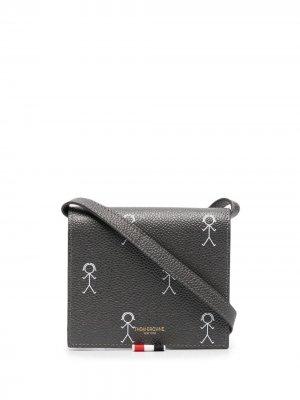Бумажник с ремешком на плечо Thom Browne. Цвет: серый