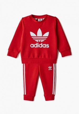 Костюм спортивный adidas Originals. Цвет: красный