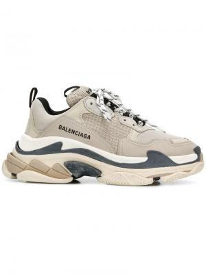 Кроссовки Triple S Balenciaga. Цвет: бежевый