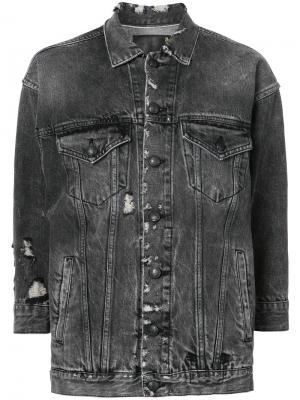 Джинсовая куртка с рваными деталями R13. Цвет: серый