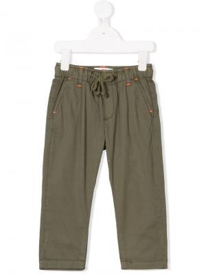 Брюки на шнурке с контрастной строчкой American Outfitters Kids. Цвет: зеленый