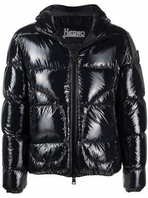 Пуховик с капюшоном Herno. Цвет: черный